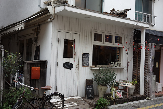 カフェ・ロッタ