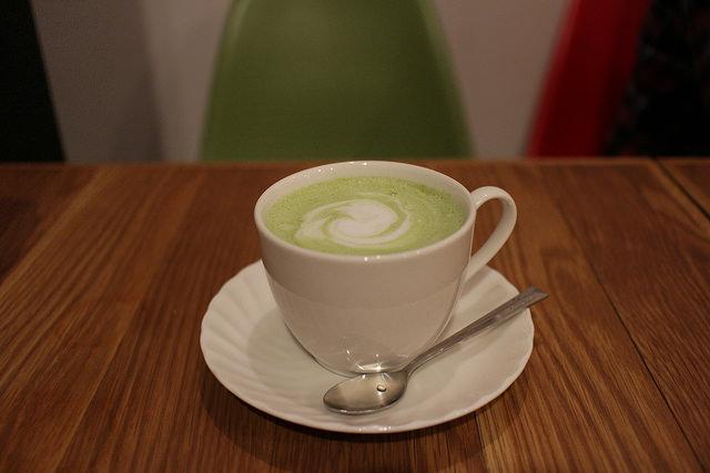 抹茶カフェラテ