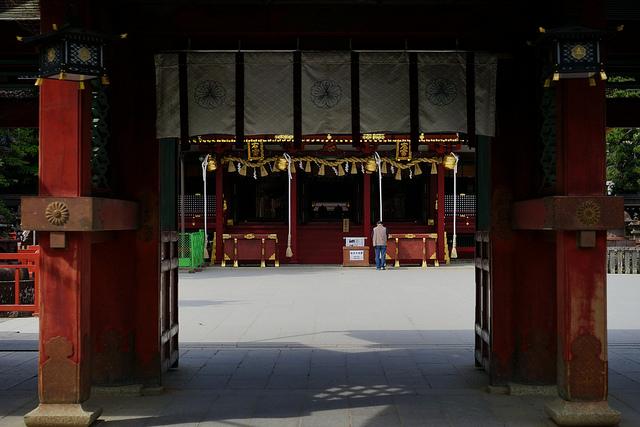 左右宮拝殿