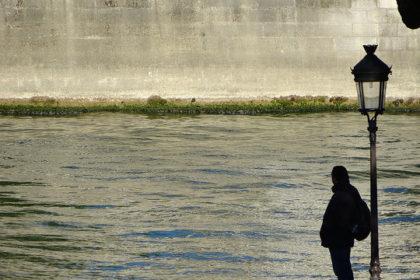 セーヌ川とおじさん