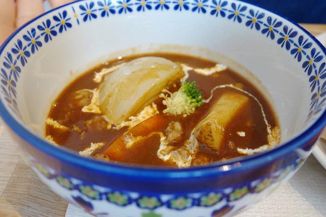 牛すじスープ
