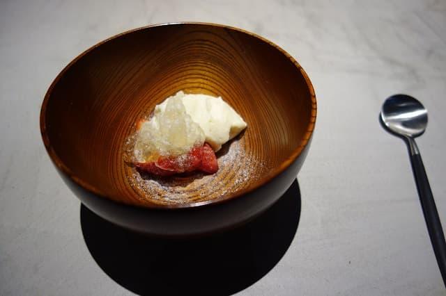 苺とマスカルポーネソース